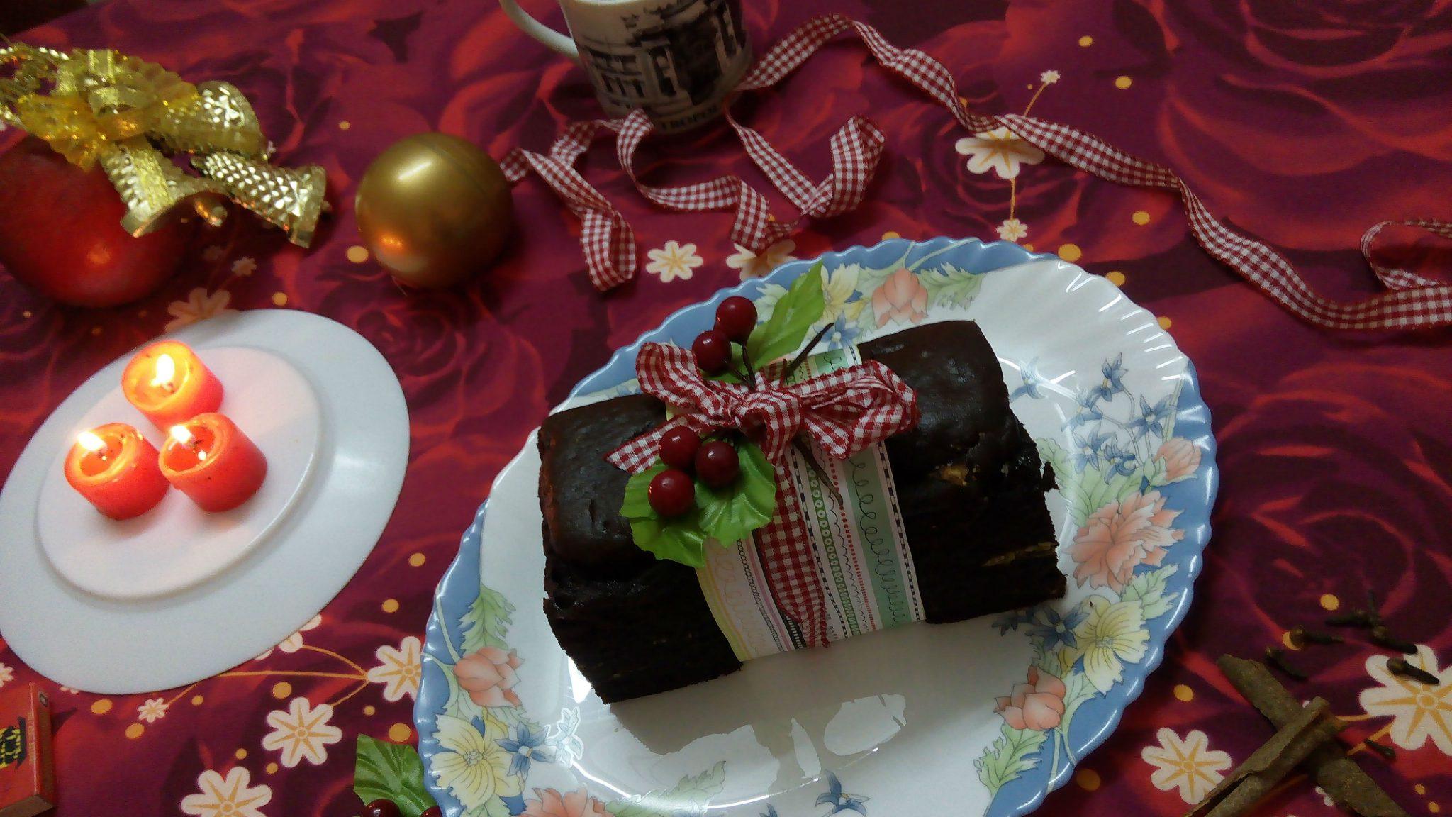 The Christmas recipe  – Coffee Pistachio Cake with Crunchy Caramel Surprise