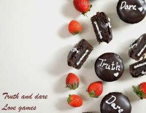 Eggless chocolate mini cakes