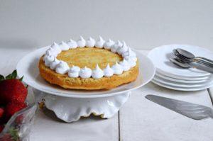 Eggless Strawberry and Cream Naked cake