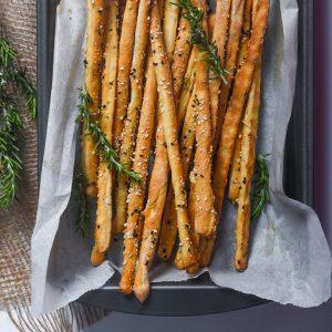 Read more about the article Crispy Bread Sticks